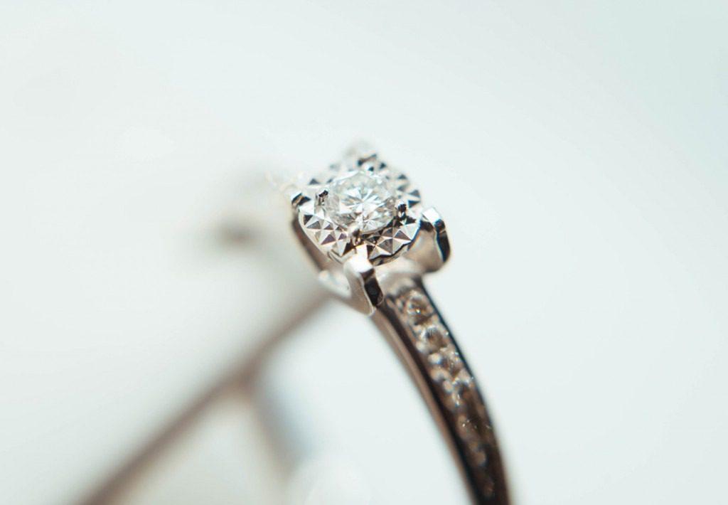 Diamanten hergestellt aus Asche, Bestattungshaus Elstermeier