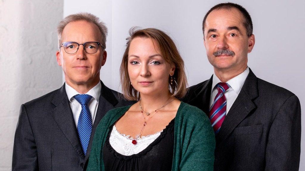 Team Foto Portrait: Martin Elstermeier (links), Daniela Niehues (Mitte), Ralf Barthel (Rechts)